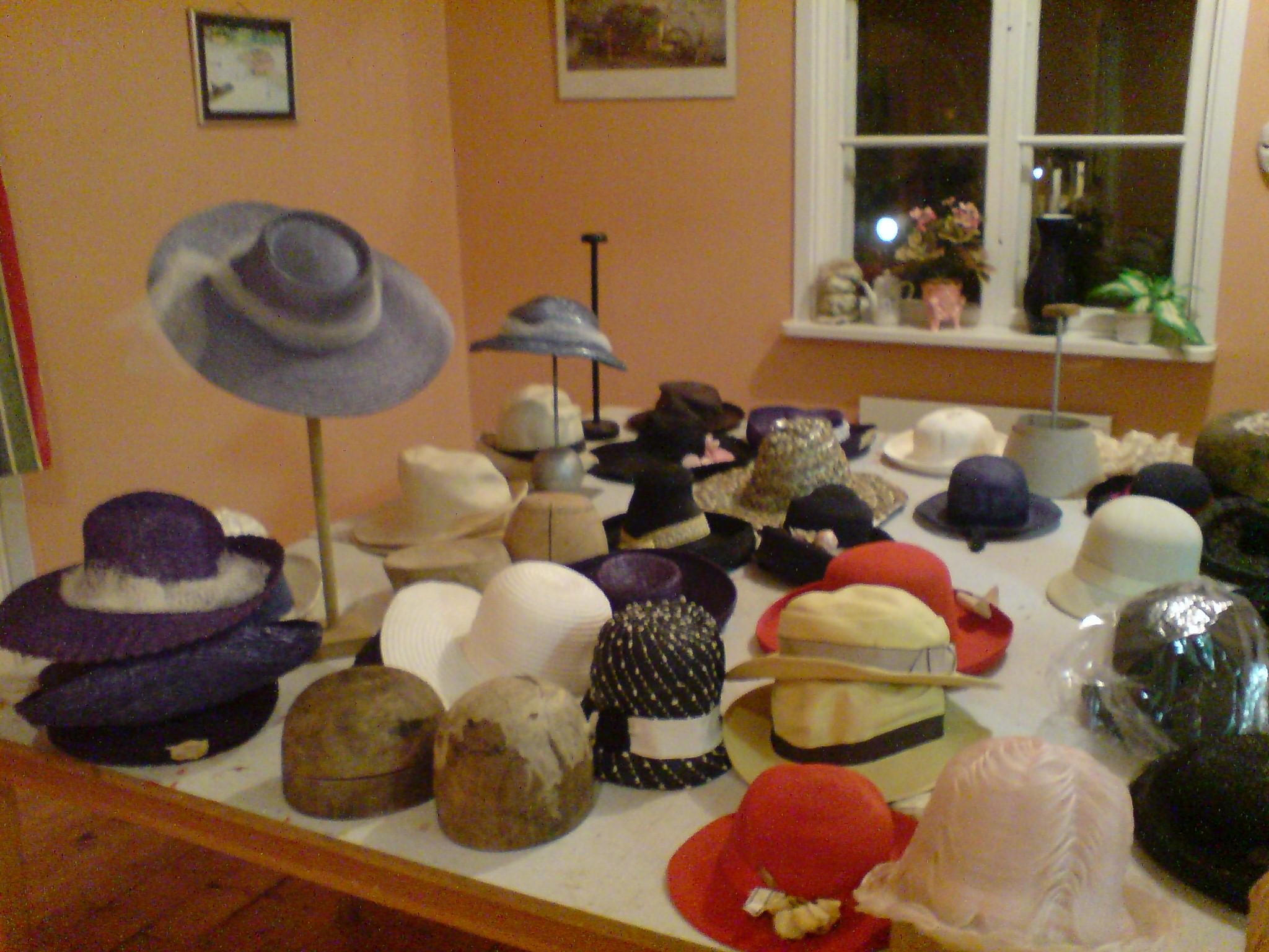 Några av hattarna